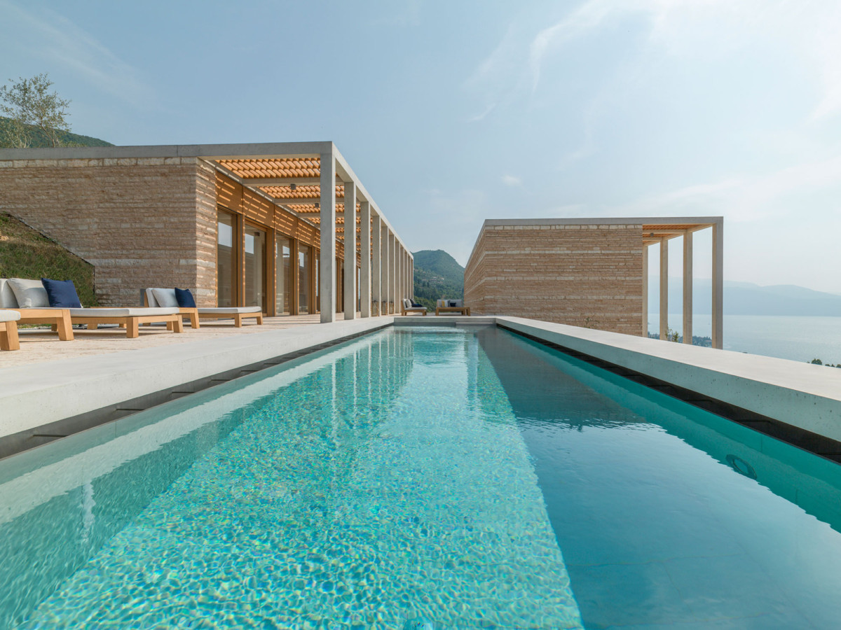 Italy S Most Luxurious Modernist Villas Are Yours To