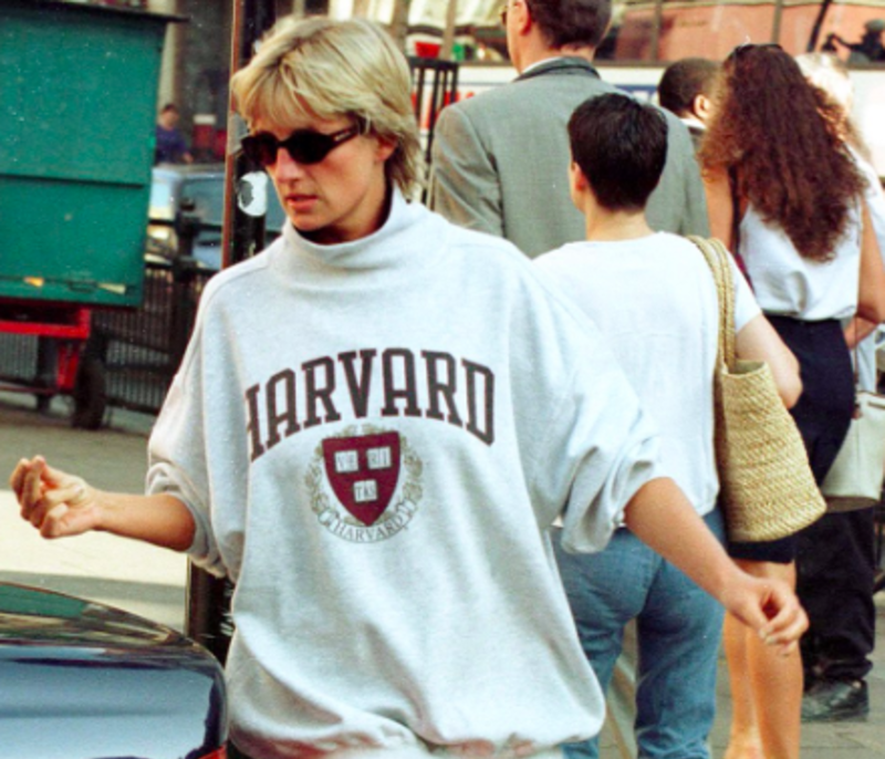 6 Of Princess Diana S Best Street Style Moments