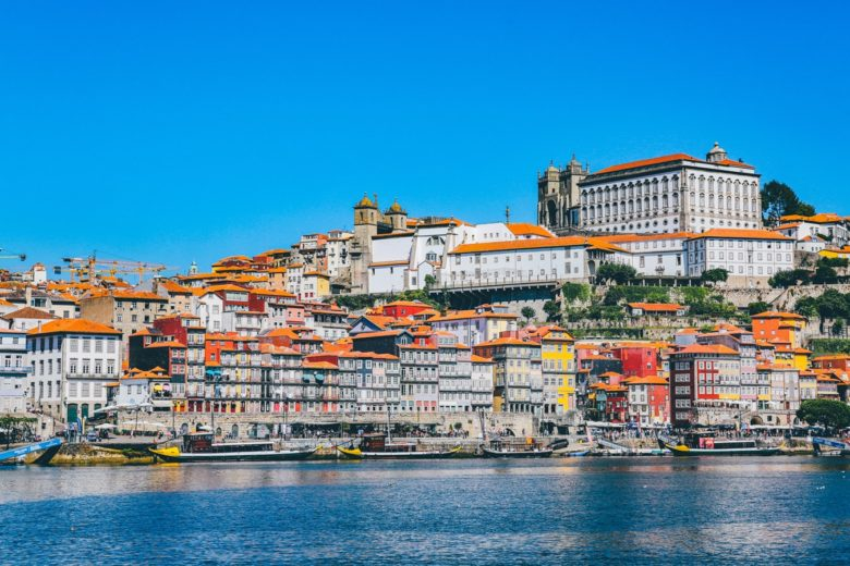 clorful buildings in Porto, Portugal